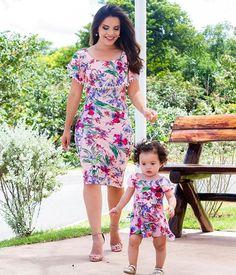 {Correndo atrás da minha pequenininha  com Vestido Lindo Tal Mãe, Tal filha da @madame.mi} @madame.mi whats: (48) 99185-2076 Loja virtual: www.madamemimodafeminina.com.br