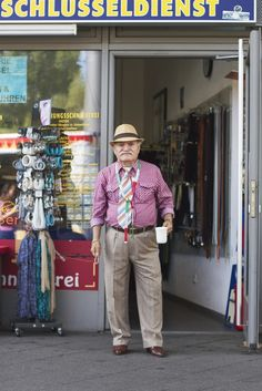 Think you're stylish? Then you haven't met Ali. He might be 86 years old but he still cuts a dapper figure on the streets of Berlin. Middle Aged Man, Turkish Men, Dapper Gentleman, Advanced Style, People Photography, Photography Ideas, Older Men, One In A Million, Year Old