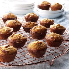 Pecan Pie Mini Muffins Recipe -<B>Meet the Cook:</B> While these are delicious year-round, you could easily turn them into an edible… Mini Muffins, Pecan Pie Muffins, Doughnut Muffins, Donuts, Oatmeal Muffins, Potluck Recipes, Dessert Recipes, Cooking Recipes, Dinner Recipes