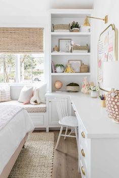 Bedroom Desk, Room Design Bedroom, Room Ideas Bedroom, Room Decor, Bedroom With Office, Girls Room Design, Kids Bedroom Designs, Playroom Design, Playroom Ideas