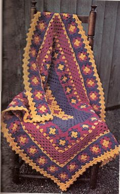 Granny Afghan ~ Great Pattern for a rug as well {for rug yarn: Lion Brand category 5 bulky rug yarn or 3 strands of any acrylic yarn}