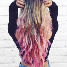 Love the look of this ombre pink hairstyle.
