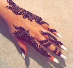 Henna she loves making designs up on the spot but its a struggle not to get carried away Almost fully booked in summer so please make your bookings as soon as possible to avoid disappointment Rn Tattoo, Henna Tattoos, Henna Tattoo Hand, Clown Tattoo, Lady Bug Tattoo, Henna Mehndi, Fake Tattoos, Tattoo Life, Simple Henna Tattoo