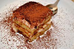Tiramisu Recipe Home Made Pavlova, Trifle, Sweet Recipes, Tiramisu, Fondant, Deserts, Dessert Recipes, Food And Drink, Cooking Recipes