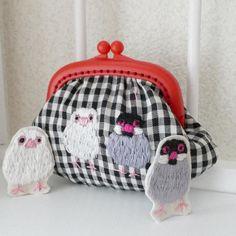 #文鳥の日 #pandafactory  刺繍のがまぐち ギンガムチェック 文鳥 by Panda factory http://ift.tt/2y29Xqo #minne