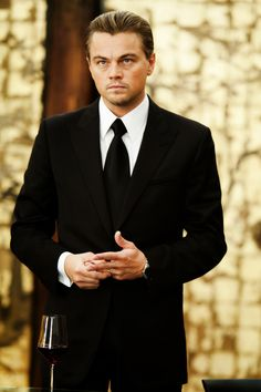 Leo looking very distinguished in that suit. Stylish.
