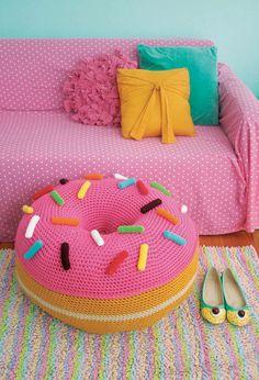 Giant Donut Floor Pouf (Crochet) - Lion Brand Yarn