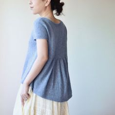 Alice Tee Knitting Pattern + More Summer Knitting Projects Knitting Blogs, Sweater Knitting Patterns, Free Knitting, Knitting Projects, Knitting Ideas, Easy Knit Baby Blanket, Baby Blankets, Summer Sweaters, Summer Knitting
