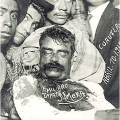 La muerte de Emiliano Zapata. Western Photo, Western Art, Funeral Photography, Liberation Theology, Old West Photos, Mexican Revolution, Pancho Villa, Hispanic Culture, I Gen
