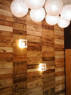 pallet wall...i want one@darenroberts