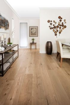 Grand Oak Flooring - natural oak - 20 mm mm wear layer) - wood design Grand Oak Flooring - natural oak - 20 mm mm wear layer) Decking of the house just about the most remarkable interior . Oak Floors, Home, Living Room Wood Floor, Cozy Living Rooms, Living Room Wood, Interior, House Flooring, Hardwood Floor Colors, Flooring Inspiration
