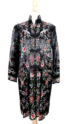 Vintage/antique black chinese silk robe with embroidered colourful flowers and birds Winter Fur Coats, Vintage London, Vintage Inspired Outfits, Mandarin Collar, Fur Jacket, Black Silk, Colorful Flowers, Vintage Black, Vintage Antiques