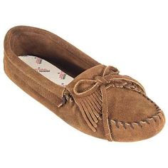 Minnetonka Womens Brown Suede Kilty Softsole Moccasin 102