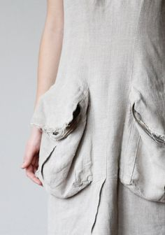 Creative pocket detail with zipper - sewing idea; fashion design detail // DoroTheus on Etsy