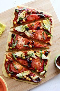 Mediterranean Chickpea Flatbread Pizza {Gluten Free, Vegan}--- chickpea pizza crust topped with mediterranean veggies and fresh basil Gluten Free Pizza, Vegan Pizza, Gluten Free Recipes, Flatbread Recipes, Flatbread Pizza, Veggie Recipes, Vegetarian Recipes, Healthy Recipes, Tofu