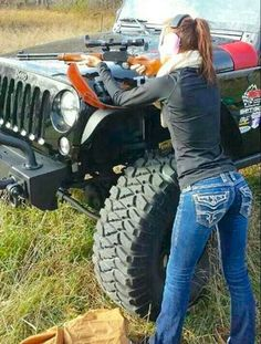 Dirty hot Jeep chicks are back Photos) : theCHIVE Crazy Girls, N Girls, Jeep 4x4, Jeep Truck, Mudding Trucks, Chevy 4x4, Dodge Trucks, Lifted Trucks, Jeep Photos