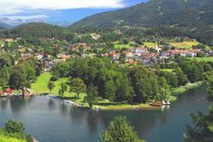 Nine Countries where Everyone Has a Job - Wall St. Costa, Carinthia, Austria Travel, Travel Magazines, Medieval Town, Cool Places To Visit, Around The Worlds, Water, Pictures
