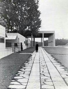 Gunnar Asplund - Skogskrematoriet and Monumenthallen, cemetery Skokskyrkogården, Stockholm