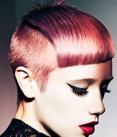präsentiert von www.my-hair-and-me.de #women #hair #haare #sidecut #lips #lippen #makeup #red