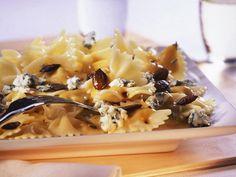Pasta mal anders? Farfalle mit Kürbissauce und Blauschimmelkäse schmecken edel und richtig lecker!