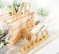 NEW Gatsby Style Mr & Mrs Wedding Signs for 1920s by ZCreateDesign