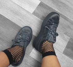 pinterest | manal. WOMEN'S ATHLETIC & FASHION SNEAKERS http://amzn.to/2kR9jl3