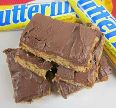 From Grandma Loy's Kitchen: Butterfinger Peanut Butter Bars-12 Weeks of Christmas Treats
