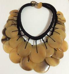 Gerda Lynggaard for Monies [Denmark] massive, runway horn disc necklace. Monies Jewelry, Chunky Jewelry, Statement Jewelry, Jewelery, Jewelry Necklaces, Modern Jewelry, Jewelry Art, Vintage Jewelry, Jewelry Design