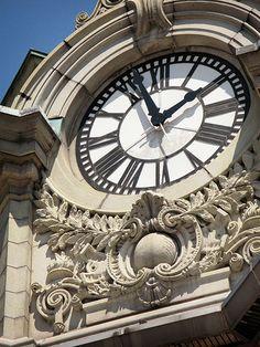 CLOCK~Buffalo Savings Bank Clock, Buffalo, NY