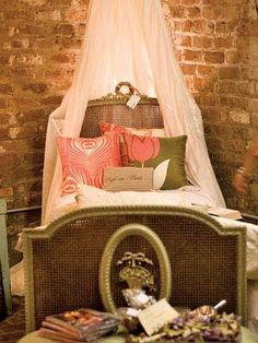 Neoclassical French Room Fairytale Bedroom, Dream Bedroom, Boudoir, Little Girl Beds, Modern Pillows, Decorative Pillows, Home Decor Shops, Guest Bedrooms, Beautiful Bedrooms