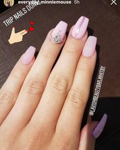 lavishbeautybar.whitby on Bild Gram • Posts, Videos & Stories #bildgram Nails done by Cherry •• Lavish Beauty Bar Whitby ☎️ 905-493-1206 book your appointment today! 201-1022 Brock st S.Whitby.On L1N 4L8 ⌛️Monday Close Tuesday-Friday open 10AM -7PM Saturday open 10AM-6PM Sunday open 10AM -4PM Facebook page 🏳️‍🌈Lavishbeautybar. Whitby Online booking lavishbeautybar.setmore.com . . #whitby #whitbynails #durham #durhamregion #nails #nailnart #naildesign #nailaddict #manicure #pedicure #... Durham Region, Beauty Bar, Nail Artist, Glitter Nails, How To Do Nails, Appointments, Pedicure, Nail Designs, Instagram Posts