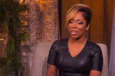 Michelle has debuted a new short hairstyle after cutting her hair recently. The Love & Hip Hop Star and R&B singer appeared on Big Buzz Live with Carrie New Short Hairstyles, Hairstyles Haircuts, Short Hair Cuts, Short Hair Styles, K Michelle, Hip Hop Atlanta, Cut Her Hair, Love N Hip Hop, Hollywood Stars