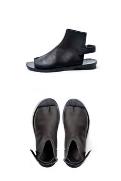 Black leather tabi shoes   WALK by AnatDahari