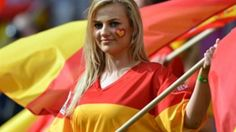 EURO 2012 LIVE: Spain 1 Italy 1 - the action from Gdansk as it happened Fifa, Euro 2012, People Of The World, Football Fans, World Cup, Madrid, Barcelona, Italy, Soccer Girls