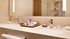 ⇢ Design #bathrooms at the Hyatt Ziva #Cancún Hotel: luxury and relaxation on the coast of #Mexico #bathroomdesign