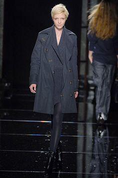 Stella McCartney Fall 2006 Ready-to-Wear Fashion Show - Mariacarla Boscono (Viva)