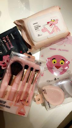 The Pink Panther makeup🌸 Makeup Storage, Makeup Organization, Makeup Tips, Beauty Makeup, Hair Beauty, Victoria Secret Body Spray, Applis Photo, Pink Panthers, Face Hair