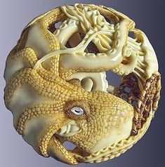 Kraken, Art Chinois, Octopus Art, Turning Japanese, Art Japonais, Tiny Treasures, Bone Carving, Japan Art, Animal Sculptures