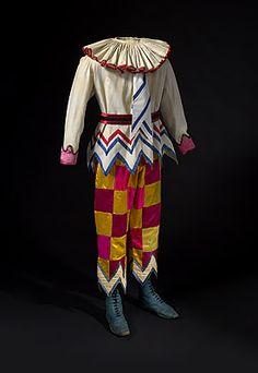 Ballet Russes; Alexandre Benois   #clown #costume