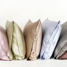 We are 100% #mulberry #silk  pillowcases. We care for your skin and are friendly to your hair. We are wrinkle-free and never absorb moisture and cream. Take us home for sweet dreams. What color would you choose? from https://www.oosilk.com/us/22mm-silk-pillowcase-housewife-c.html #ad