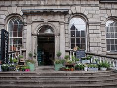 What was once the residence of the Third Viscount of Powerscourt—a man who enjoyed throwing parties—is now home to boutiques and cafes, antique shops, a covered courtyard, and even a few nightclubs in the later hours. The Powerscourt Centre is one of your best bets for shopping in the city.