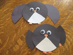 Plakboek: Almost Unschoolers: Circle Penguins, A Simple Fraction Craft Easy Crafts For Kids, Fun Crafts, Fraction Art, Math Fractions, Maths, Environment Painting, Penguin Craft, Programming For Kids, Crafty Kids