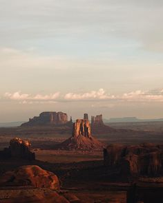Photo by @danwestergren // #sponsored by @visit_arizona // This is why you spend the night in a tent. Any visit to Arizona's Oljato-Monument Valley should include an overnight trip up to Hunt's Mesa for a great sunrise view of the Valley. The bumpy 4wd ride requires that you hire a Navajo guide to take you there, and an overnight stay, but it's worth the trouble to get this view. // Even once you see it in person, you may still doubt it's real. Plan your [un]real Arizona getaway…