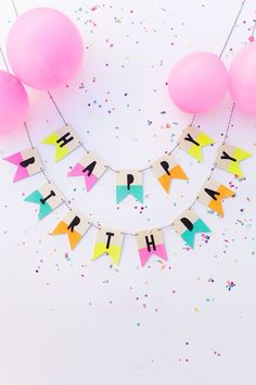 This wooden happy birthday banner would be such fun decor at any birthday party! We love the colorful dip dyed accent on each of the letters! Add some confetti and pink balloons and your party decor is almost set! Diy Birthday Banner, Diy Banner, Birthday Wishes, Birthday Gifts, Birthday Parties, 25 Birthday, Birthday Surprise Ideas For Best Friend, Tumblr Birthday, Ideas Party