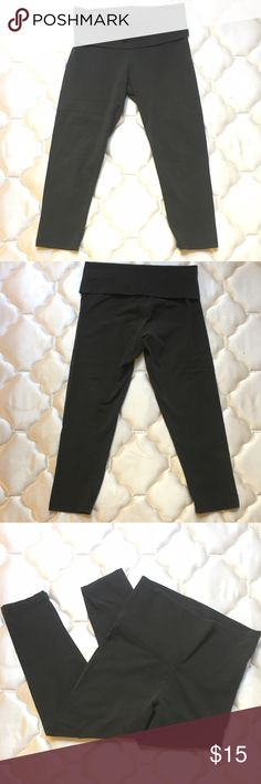 Cropped Leggings Basic cropped leggings with folded waist band, great condition! aerie Pants Leggings