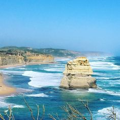 #honeymoon #australia #friends #gowest #oceano #minivan #nature #greatoceanroad #honeymoonwithfriends #apollobay #view by ilpanzer8 http://ift.tt/1LQi8GE