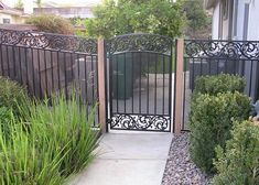 17 Best ideas about Iron Fences on Pinterest | Wrought iron fences ...