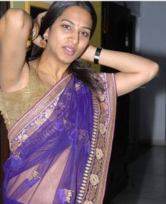 Surekha Vani Hot south indian actress photos in Saree so SPICY is an absolute treat to watch for her audience as she raised her arms in saree sleeveless blouse to showcase her eye-popping assets. South Indian Actress Photo, Indian Actress Photos, Most Beautiful Indian Actress, Beautiful Actresses, Hot Actresses, Indian Actresses, Tamil Girls, Actress Navel, Saree Navel