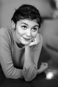 looks like amelie but is audrey? Audrey Tautou, Audrey Hepburn, French Beauty Secrets, Beautiful People, Beautiful Women, French Girl Style, Portraits, Girl Crushes, Actresses