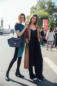 MAGDA LAGUINGE, CAROLINA THALER - SS17 PFW Model's look: lo stile delle modelle a Parigi - Vogue.it